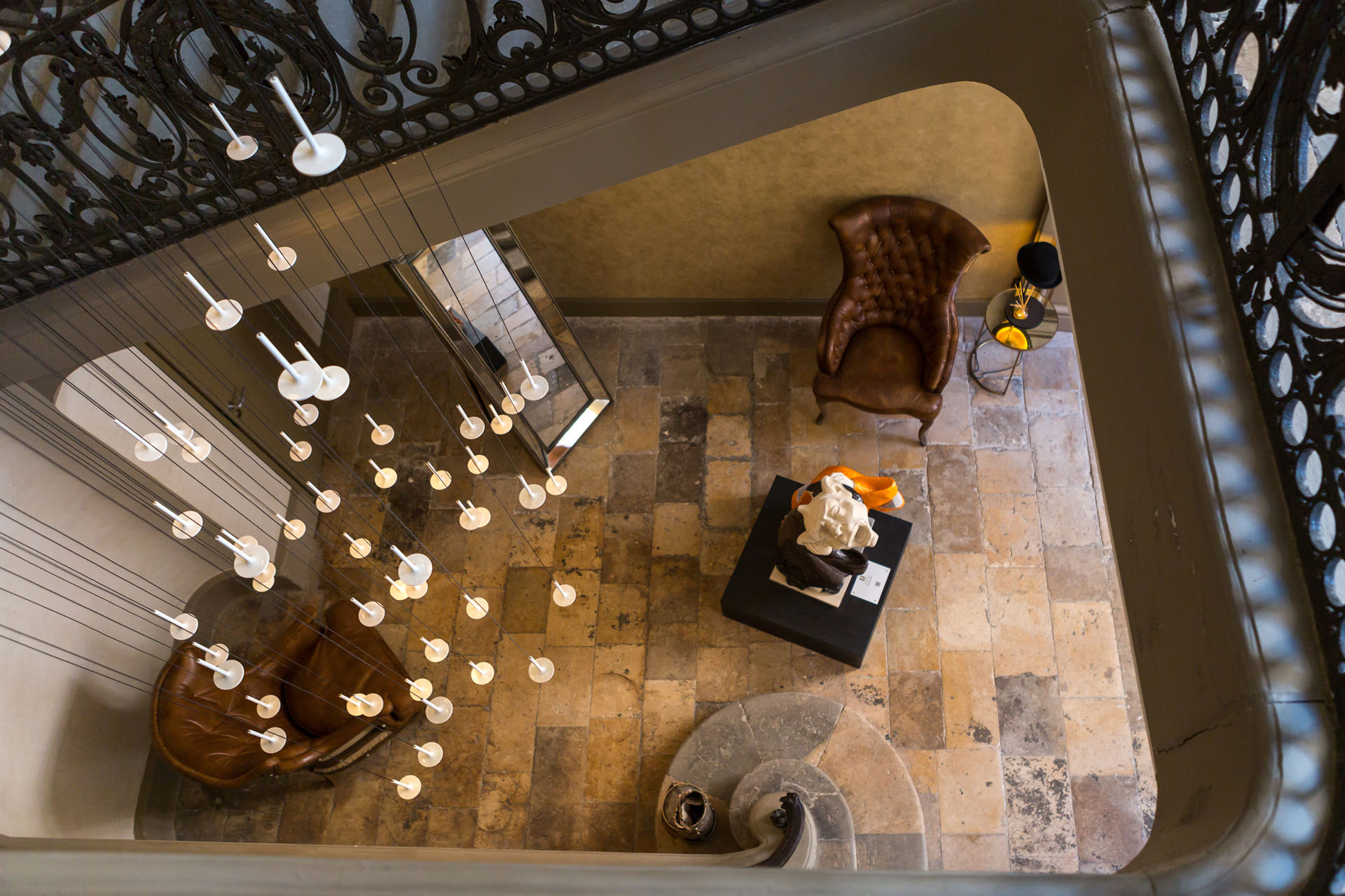 h tel la cour des consuls h tel spa 5 toiles toulouse. Black Bedroom Furniture Sets. Home Design Ideas